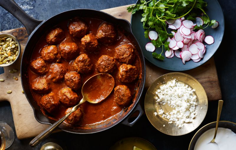 California Meatballs with Wine-Chile Sauce